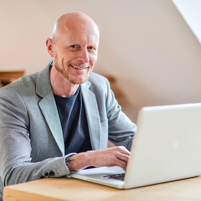 Aktuelles Interview mit Christian Brosch im Pronto Blog